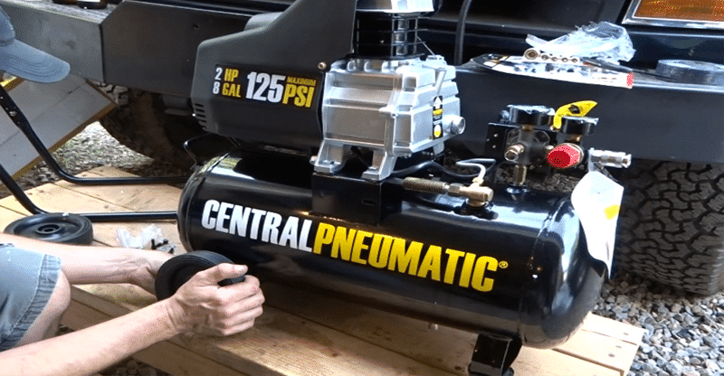 Central Pneumatic 21 Gallon