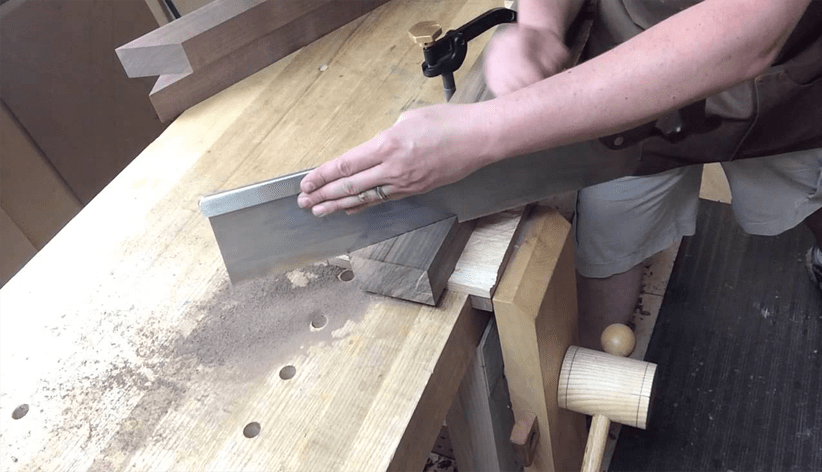 How To Cut Trim At A 45 Degree Angle Without A Miter Saw